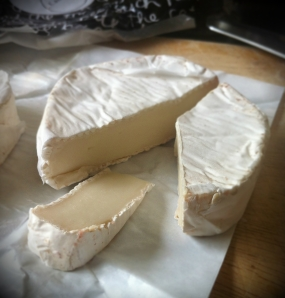 Over the moon Goats camembert