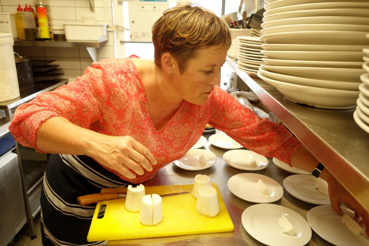 The lovely Kate Hardwick cutting and plating up.