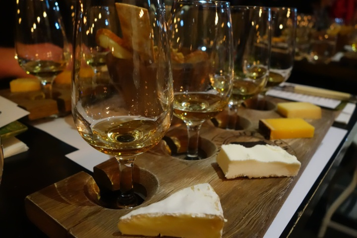 Four cheeses, four whiskeys, a perfect tasting,